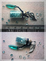 <b>FOR SALE : Mint Crystal Bottle (closed)</b><br><i>Tayga-Crafts</i>