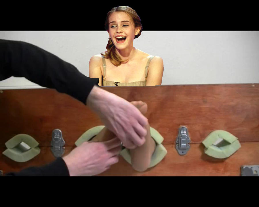 Guy in nylons gets ass fisted by girl cut short 4
