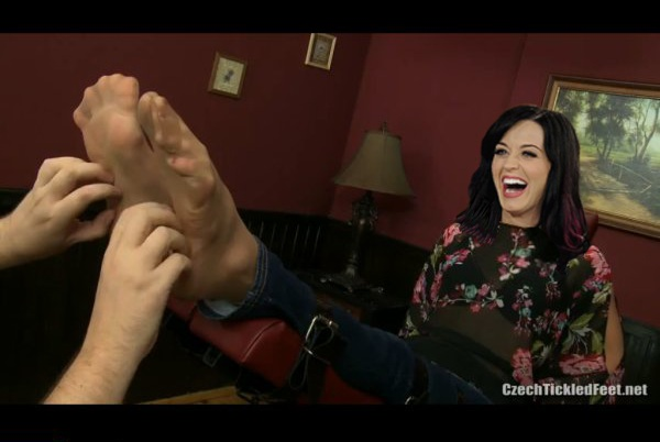 Katy Perry tickle fake by the70sguy