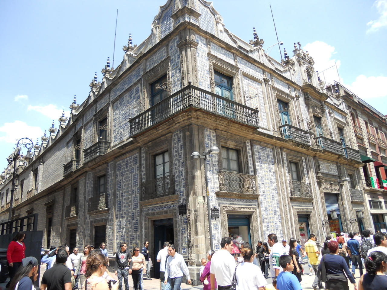 Sanborns de los azulejos 2 by avrilfan2213 for El sanborns de los azulejos