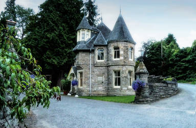 Gatehouse by cemacStock