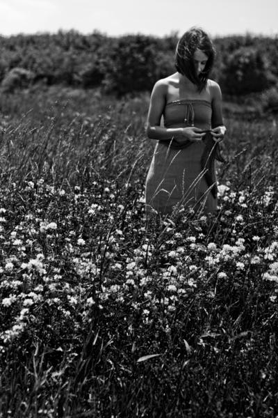 'lulu doesn't know' by photofreak07