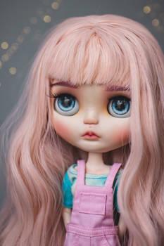 Bounty (Customized Blythe doll)