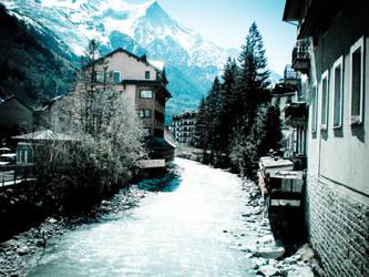 Chamonix River by JoXiR