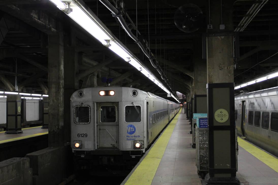 Shoreliner 6129 arriving at Grand Central by SubwayArtist47