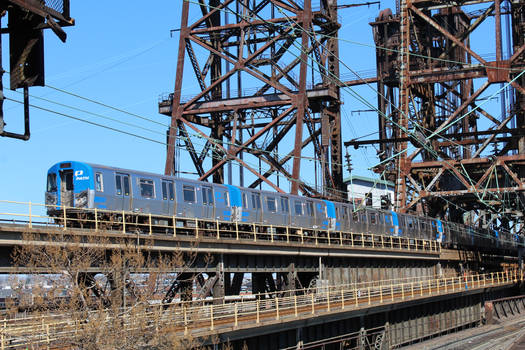 PA5 train wrong-railing into Newark-Penn Station