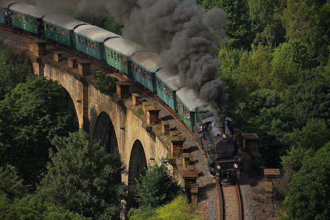 Crossing a viaduct by DusanPavlicek