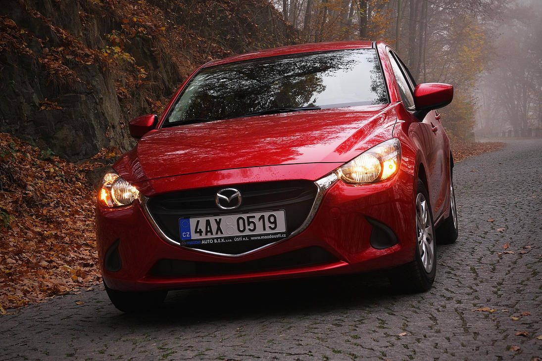 Mazda 2 by DusanPavlicek
