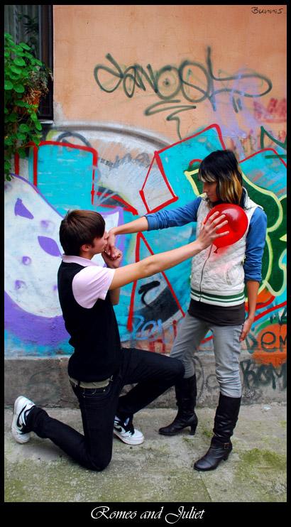 Modern Romeo and Juliet  by Bunnis - ..:: Avatar Ar�ivi 2 ::..