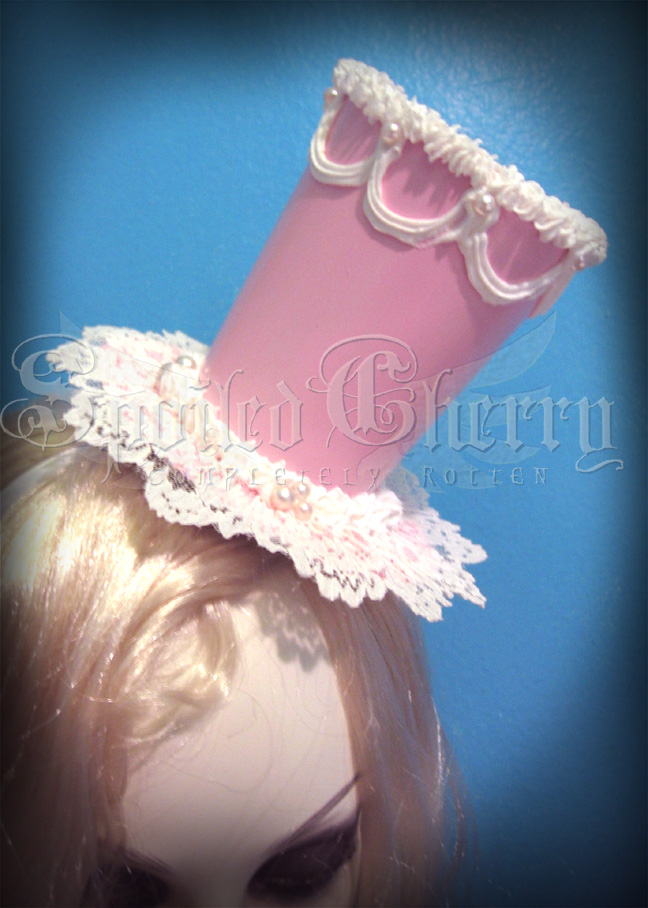 CAKE HAT by AmberCherryBomb