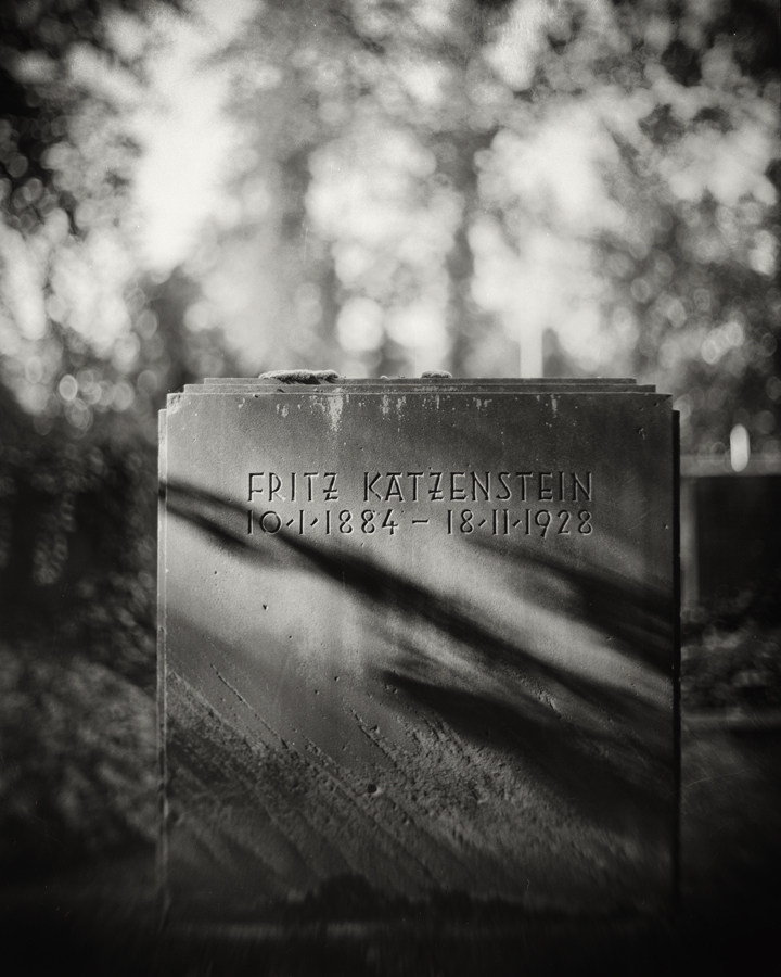 Family Grave 11 by HorstSchmier