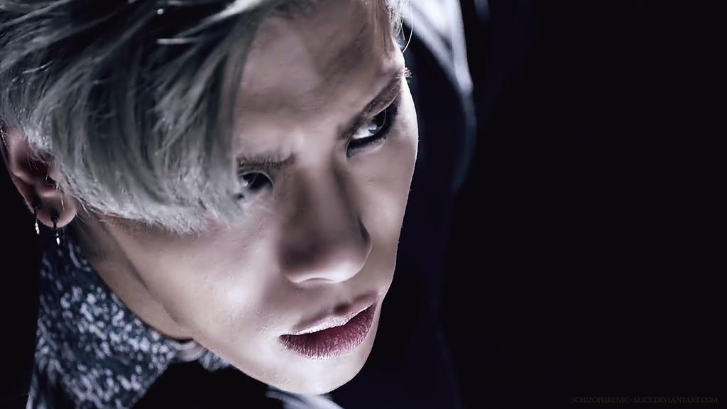 Jonghyun Crazy by SCHIZOPHRENIC-ALICE