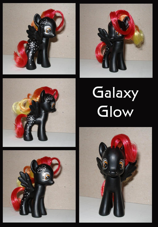 Galaxy Glow by crawdadEmily