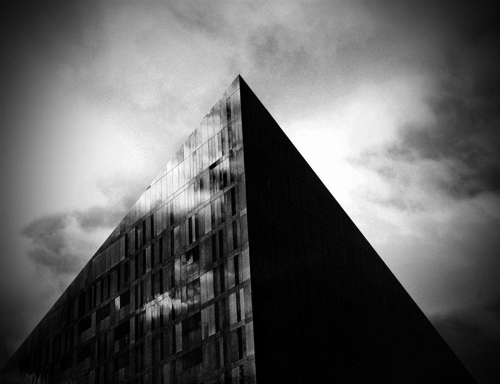glass pyramid by awjay