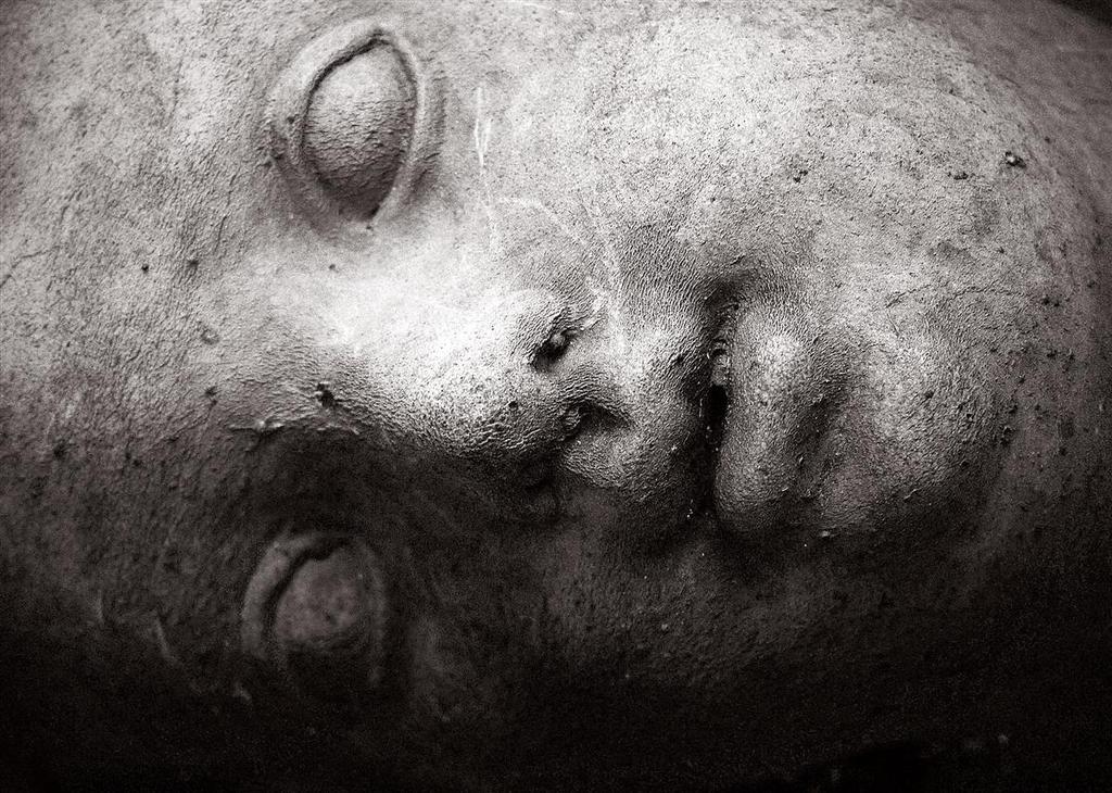 stone head by awjay