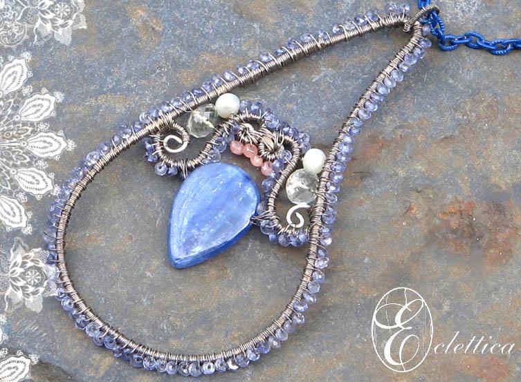 SHE WEARS BLUE CLOSE-UP by SheelaGoh