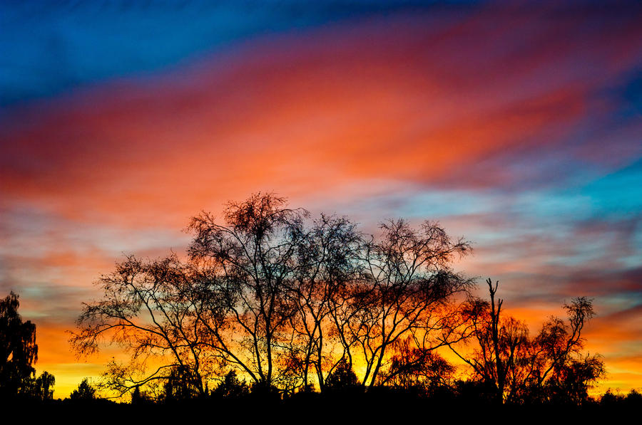 Magical Sky by valkeeja