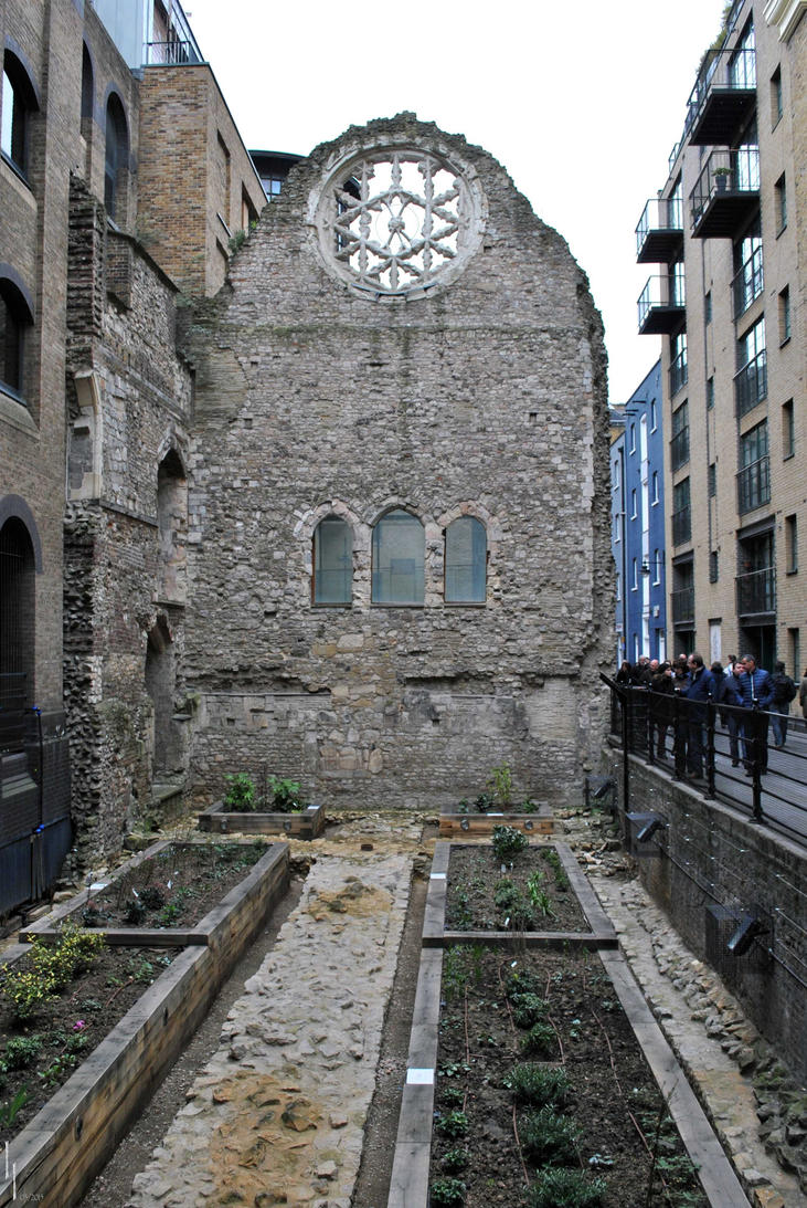 Ruins of Winchester Palace by LuceamLuceo