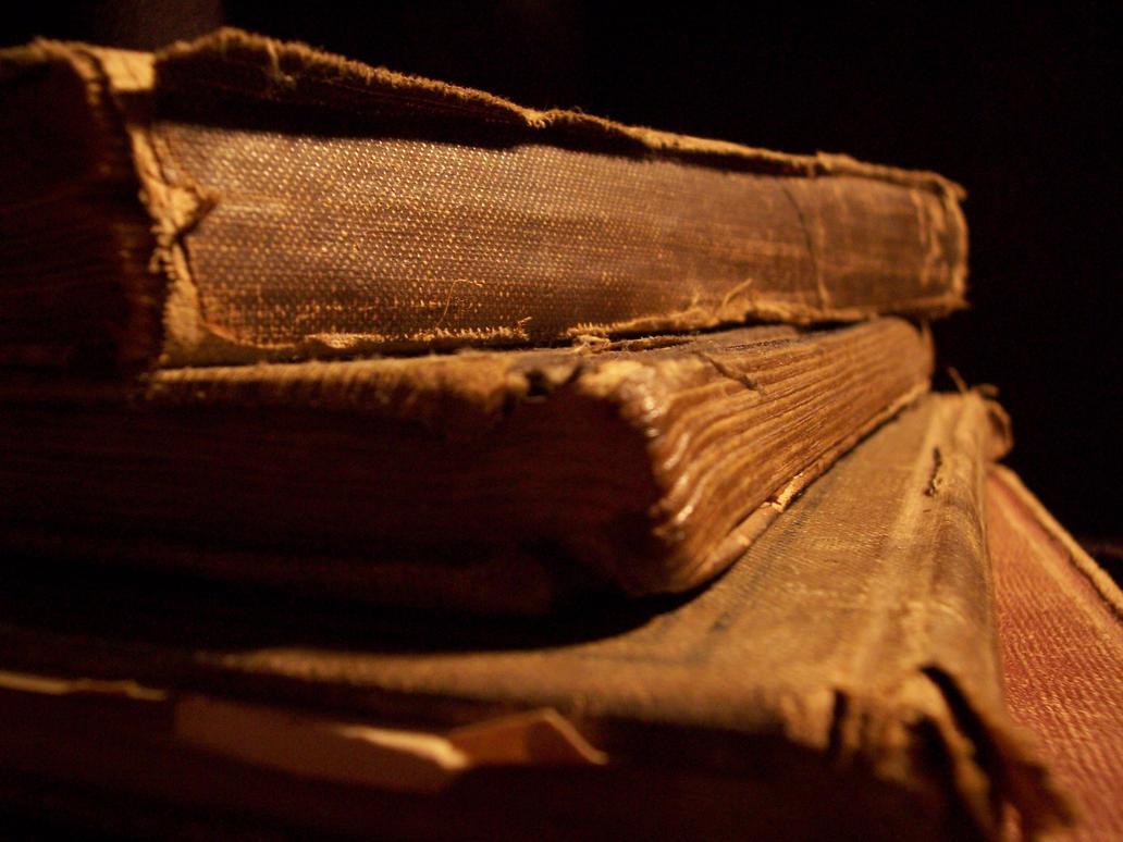 Books by funkeymunkey17