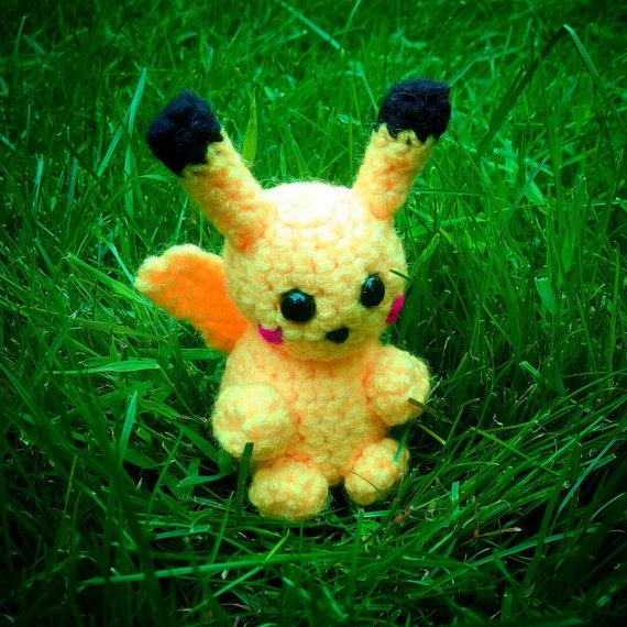 Chibi Pikachu Amigurumi : craftybird (Heather Vandermeer) - DeviantArt