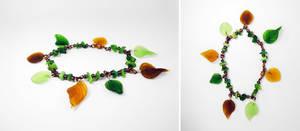 Green 'n brown leaf bracelet 2