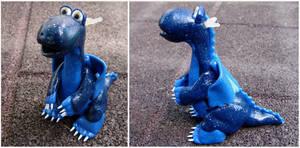 Sparkly blue dragon by Koreena
