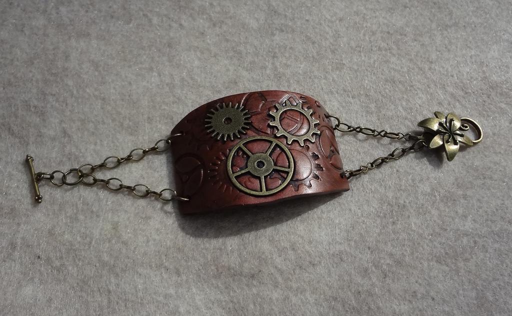 Steampunk bracelet 2