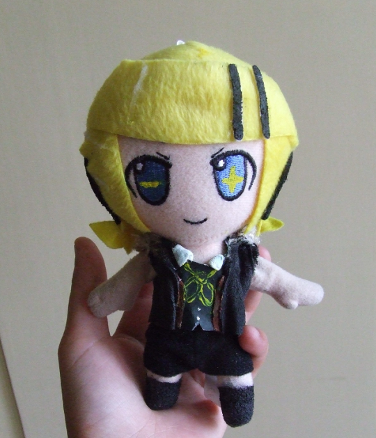 Kagamine Rin Plush - Remote Control Outfit by Pikanessy