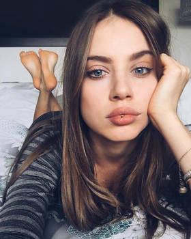 Xenia Tchoumis tiny lip toy