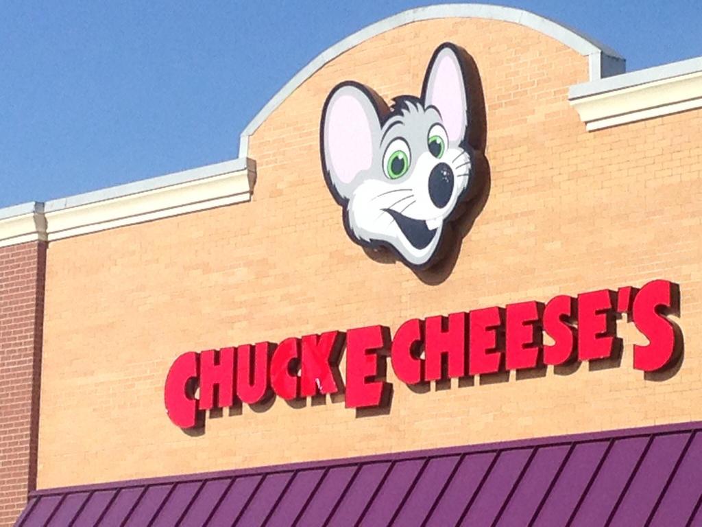 chuck e cheese closest to me