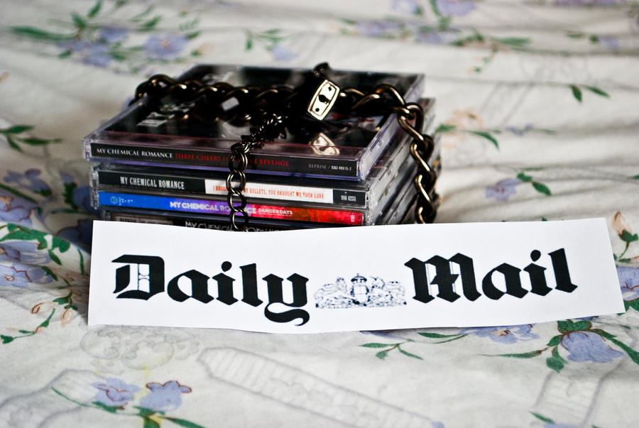 anti- Daily Mail - 4th final
