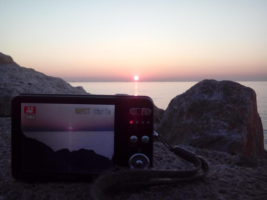 Final Sunrise by PsyChip