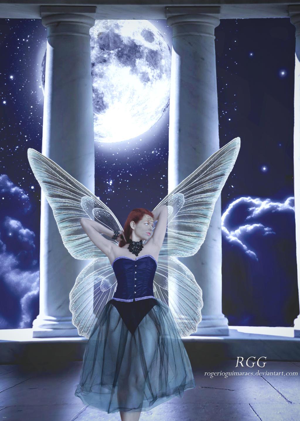 Moonlight Fae Colonnade by RogerioGuimaraes