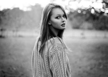 Lauren II by YouAreViolentRed