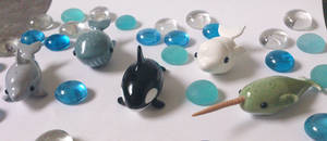 Miniature sealife: whales by RoOsaTejp