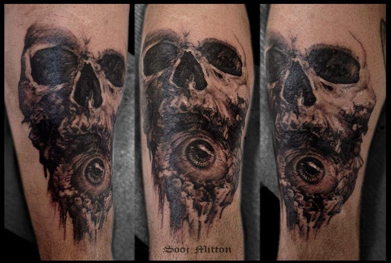 skull tattoo by sooj