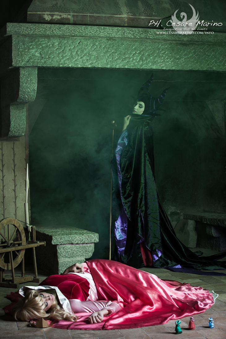 Maleficent and Aurora, sleeping beauty by Giorgiacosplay ...