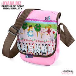 Shoulder Bag - Alice In Wonderland by shiricki