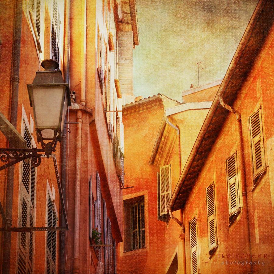 windows by ildiko-neer