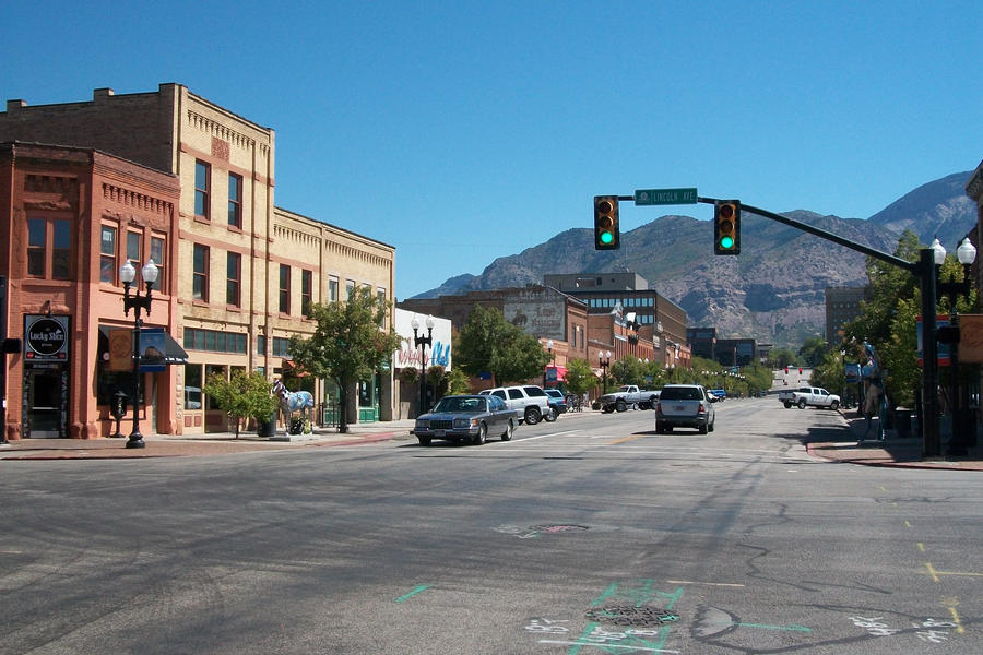 Find the best Big 5 sporting goods, around Ogden,UT and get detailed driving directions with road conditions, live traffic updates, and reviews of local business along the way.