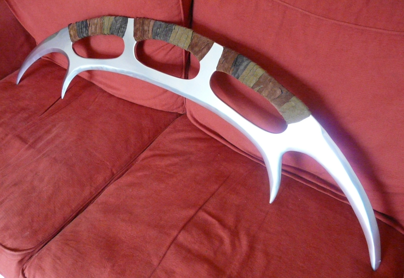Bat'Leth by Scarecrovv
