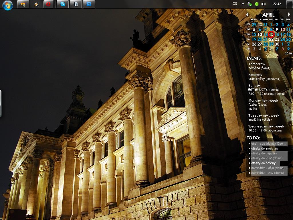 My desktop by laprasek
