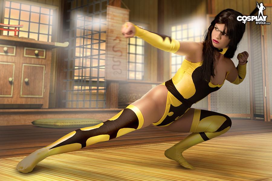 Mortal Kombat Tanya by cosplayerotica