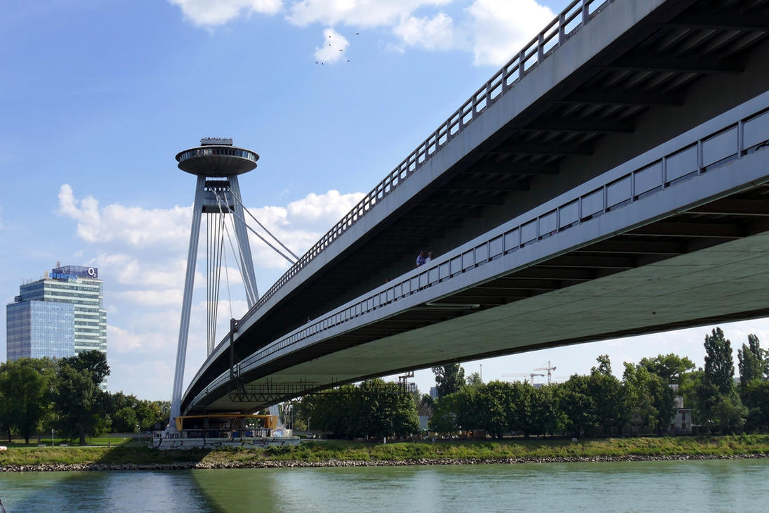 UFO Bridge by MisterKrababbel