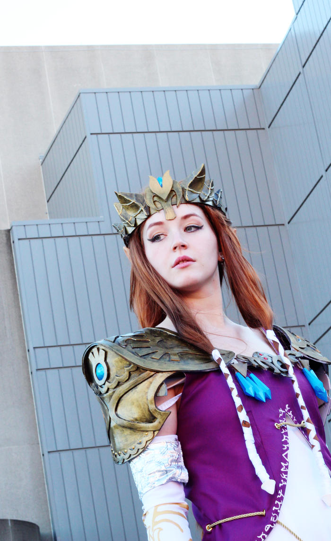 Princess Zelda Outside Shot #1 by geekypandaphotobox