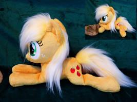 Applejack Beanie plushie by Epicrainbowcrafts
