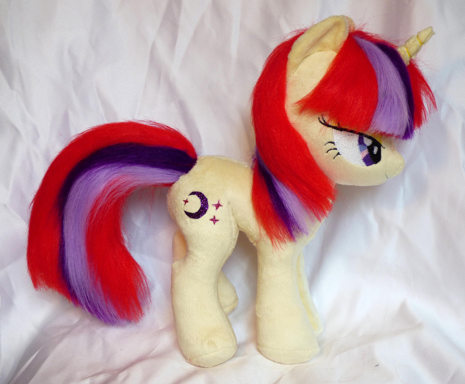 Add some moon to that dancer! Moondancer plushie