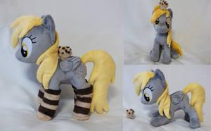Derpy standing beanie plush by Epicrainbowcrafts
