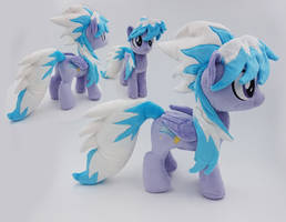 Cloudchaser small plush by Epicrainbowcrafts
