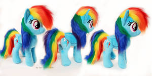 Rainbow Dash medium size (new pattern) w faux fur
